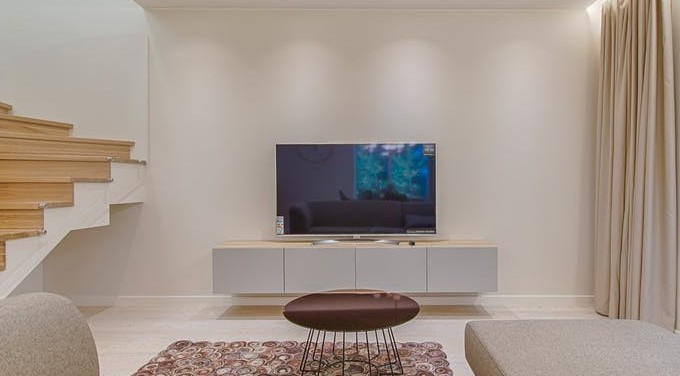 What Size TV Stand Do I Need?
